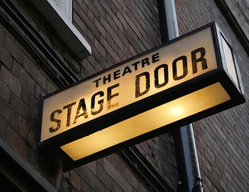 How to learn English expressions connected with a night at the theatre